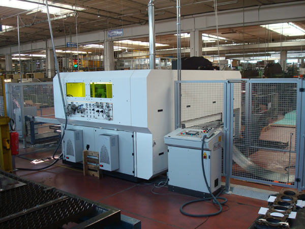 Uncoiling line for laser system